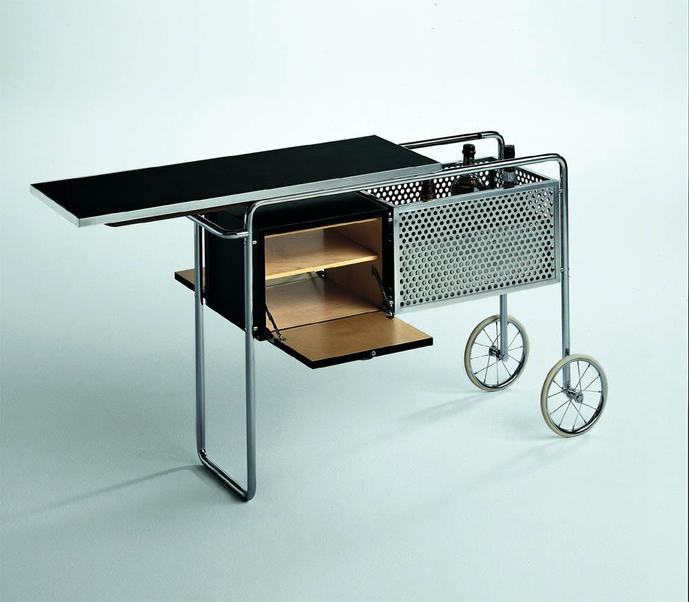 beistellwagen beistelltisch und servierwagen im design des bauhaus virtual design magazine. Black Bedroom Furniture Sets. Home Design Ideas